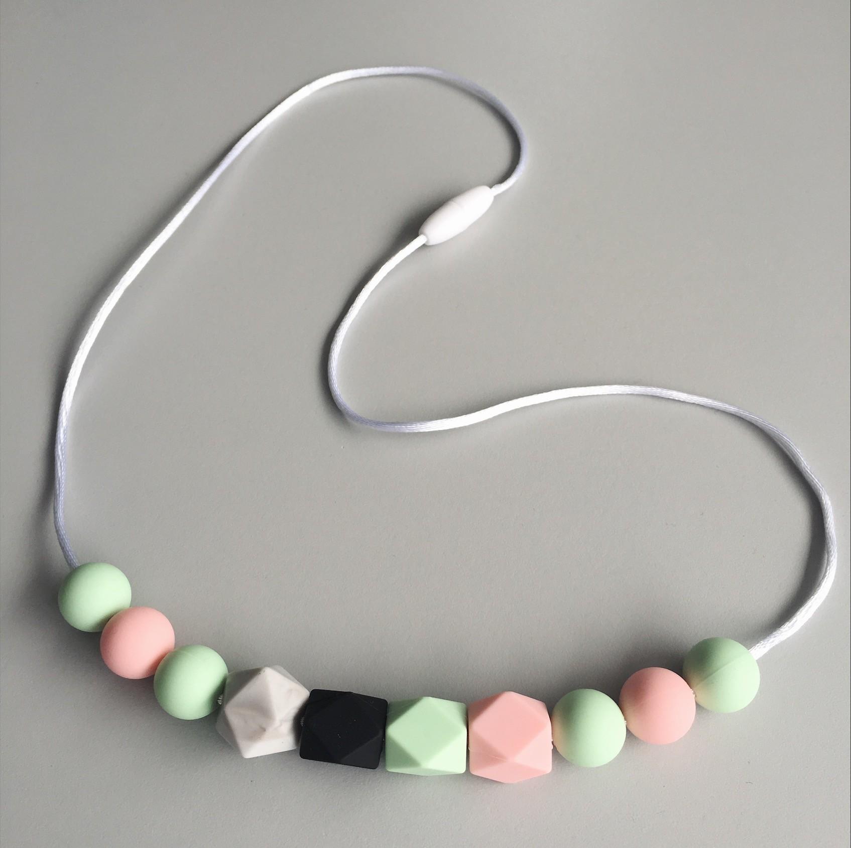 Love & Carry - ogrlice